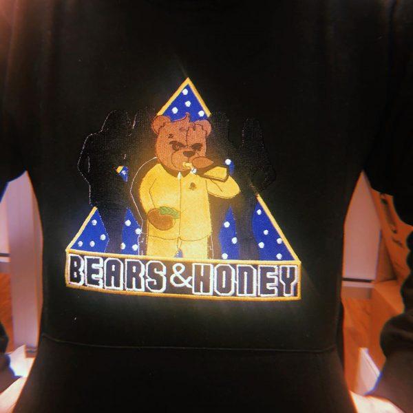BW BEAR AND HONEY